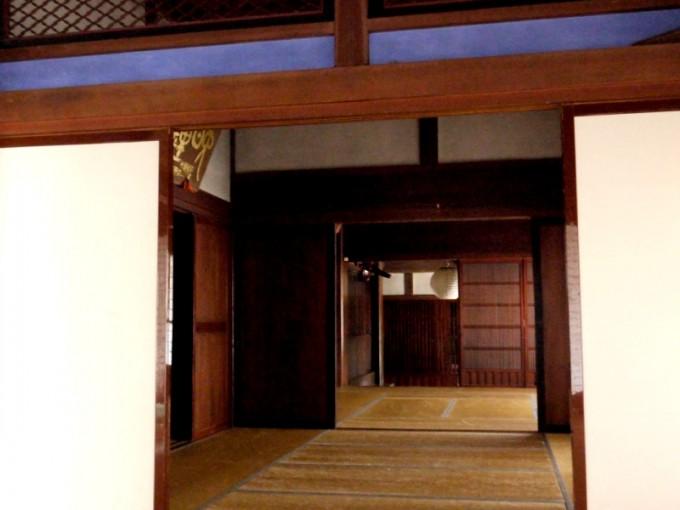 都内の古民家・宿泊施設「武家屋敷」の内装