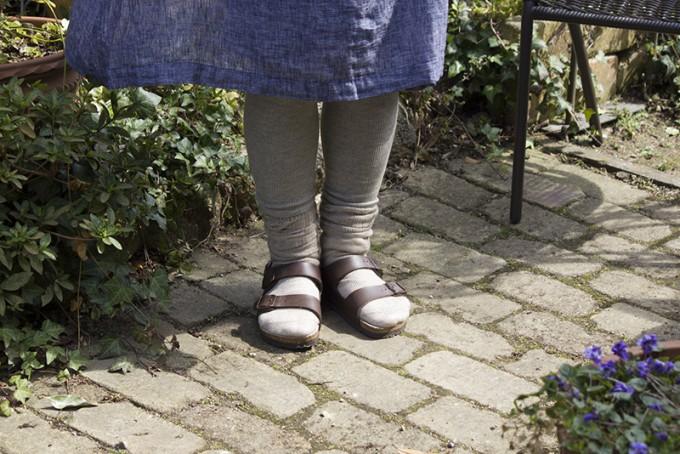 天然素材の靴下で手軽に始める冷えとりライフ