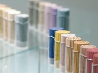 今必要な香りに導かれる。繊細な香りで生活に彩りを加える「Lisn(リスン)」のインセンス