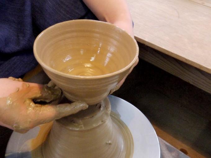 自分のペースで通える陶芸教室で、気軽に始める器づくり