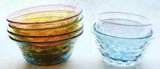 淡い色彩が夢のよう。集めたくなる、野田マリコさんの吹きガラス