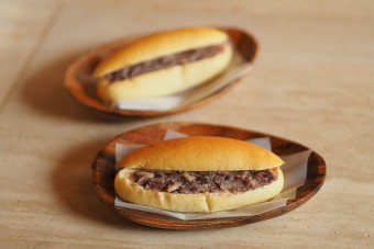 小豆島唯一の森國酒造カフェ&ベーカリーのパン
