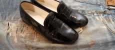 靴磨きのプロ・明石優さんに聞く!エナメル&スウェード靴のお手入れ方法
