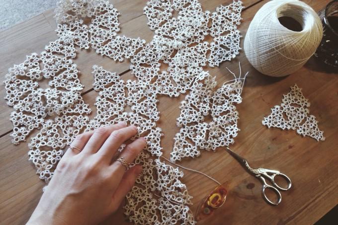 編んで生み出される繊細な模様。「Yularice(ユラリス)」のレースの写真