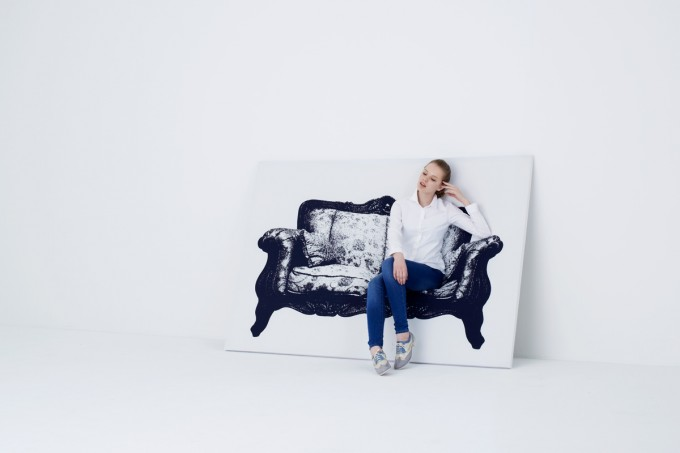 YOY(ヨイ)の座れるアート「CANVAS」の写真
