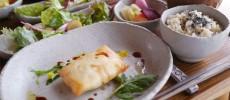 予約必須。和の赴きある古民家「野菜cafe 廻」でからだに優しいオーガニックごはん