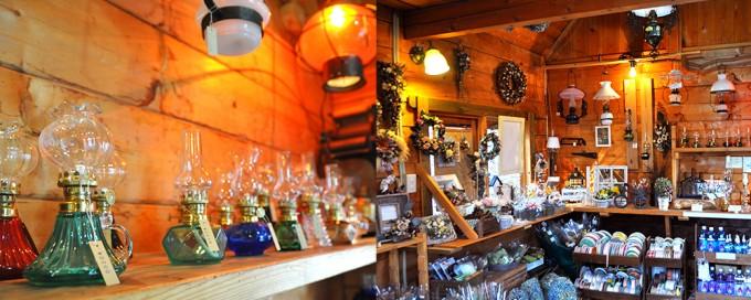 ランプの灯りにつつまれた山小屋風カフェでお散歩休憩<戸隠ハイキング続篇>