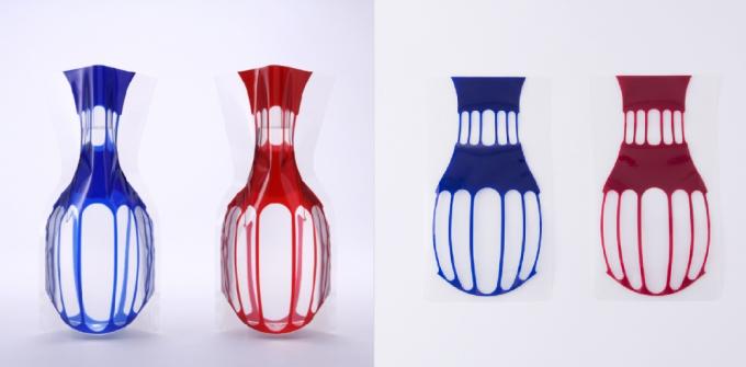 色味がモダンな「D-BROS」のビニール花瓶の写真