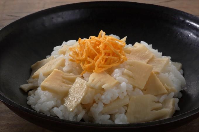 お腹に優しいヘルシー365レシピ「たけのこのちらし寿司」の出来上がり写真