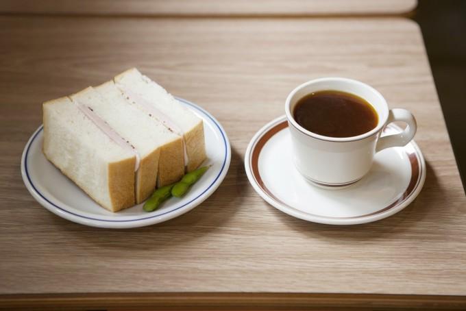 コーヒー通もお墨付き!桜上水にある「メガネコーヒー」のスペシャルティコーヒー