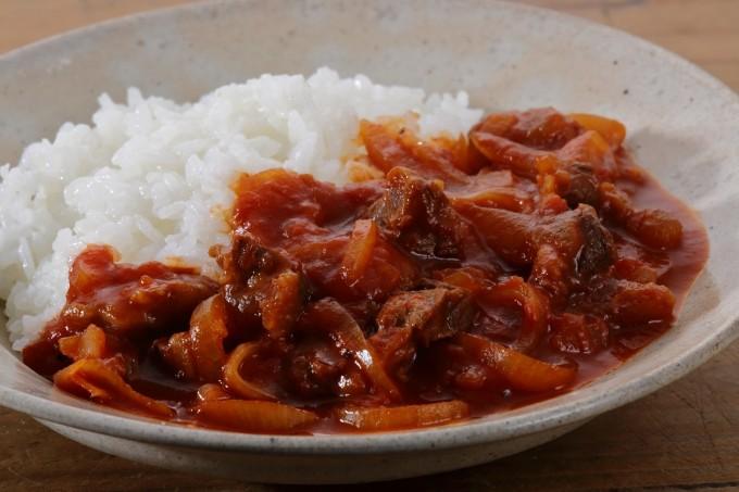 お腹に優しいヘルシー365レシピ「牛すじのハヤシライス」の出来上がり写真