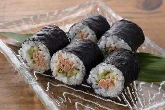 お腹に優しいヘルシー365レシピ「シーチキン・きゅうりの細巻」の出来上がり写真