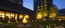 星野リゾート トマムの楽しみ方。朝は「雲海テラス」、夜は9月までの期間限定「焚火ワインバー」