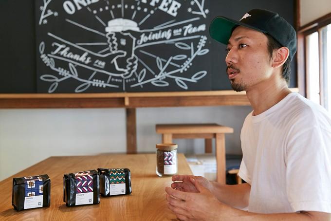 「ONIBUS COFFEE(オニバスコーヒー)」のクオリティコントロールの安武さん