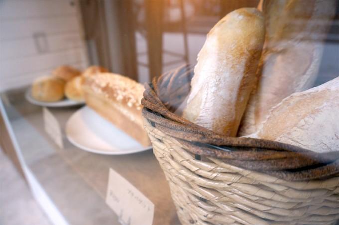 「good sleep baker」のパンは夜遅くまで買える