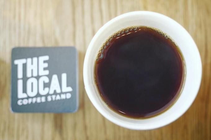 上から見たTHE LOCAL COFFEE STANDのコーヒー