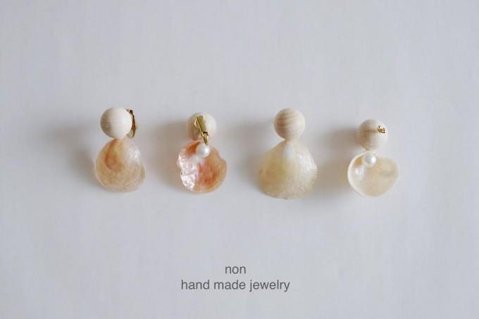 NON handmade jewelry(ノン ハンドメイドジュエリー)、桜貝とパール、ウッドパーツを使ったアクセサリー