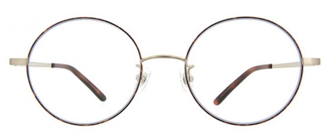 クリアレンズだけど紫外線99.9%カット!コーディネートしやすいZoffの美肌メガネ