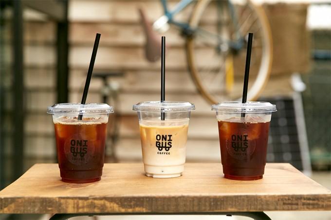 「ONIBUS COFFEE(オニバスコーヒー)」のアイスコーヒー