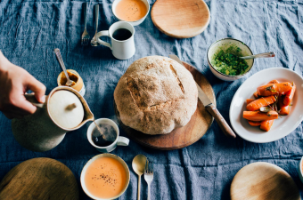 「わざわざ」足を運びたくなるパンと日用品のお店。心からよいと思える食と日常をあなたへ