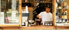 人気コーヒースタンド店員にうかがう!家でもできる簡単&おいしいアイスコーヒーの淹れ方