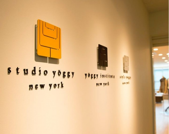 ヨガスタジオ、スタジオ・ヨギーのエントランス
