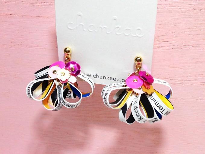 ジュエリーブランド「chankae(チャンカエ)」のメトロカードピアスの写真