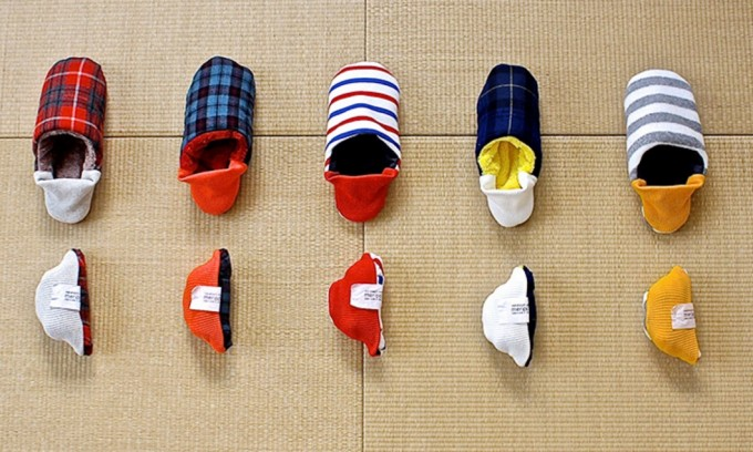 新感覚スリッパ・merippa(メリッパ)の5種類が並べられている写真