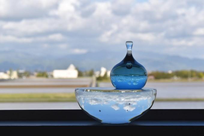 「glass atelier えむに」のガラス作品