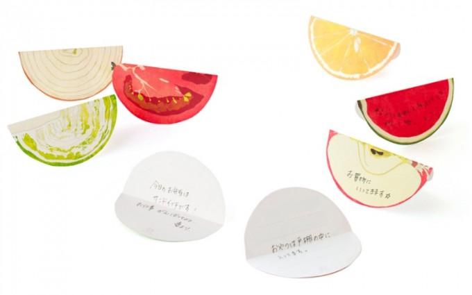 「paperable(ペパラブル)」のフルーツとベジタブル型のメモ「fruit block」の写真