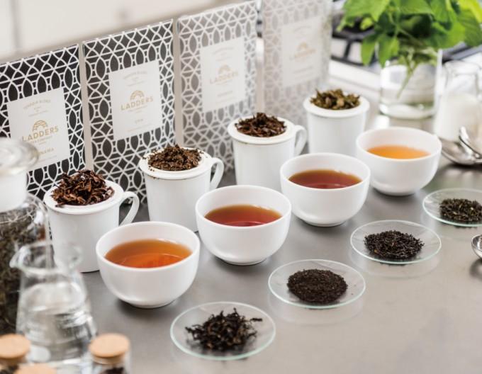 LADDERS TEA COMPANY(ラダーズティーカンパニー)の紅茶とティーカップたち