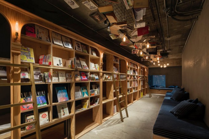 BOOK AND BED TOKYO(ブックアンドベッドトーキョー)のロビー