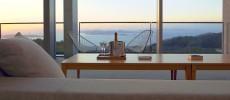 心をときほぐす、瀬戸内の海と空。安藤忠雄氏の建築によるホテル「瀬戸内リトリート 青凪」