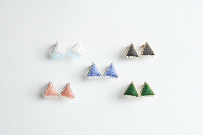 petterie(パタリー)のPRISM TRIANGLE PIERCE/EARRING