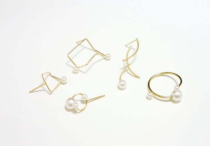 MINIMUMNUTS(ミニマムナッツ)の金属と淡水パールを組み合わせたジュエリー数種類