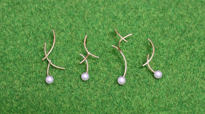 風に揺れる草をイメージしたMINIMUMNUTS(ミニマムナッツ)のピアス4種類