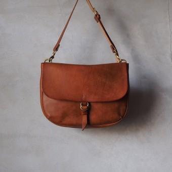 「safuji(さふじ)」の革を使ったお財布やバッグで、日々を丁寧に