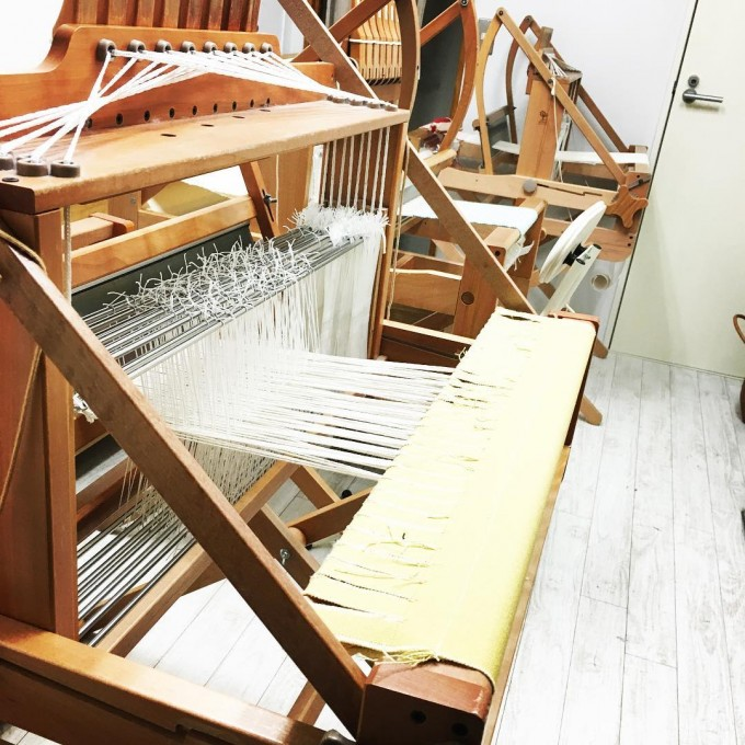 織り機の様子