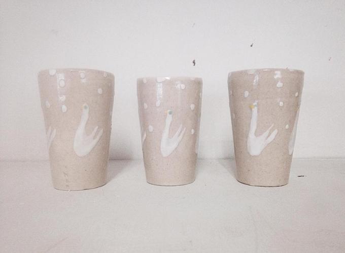 スワンが描かれた石木文(いしきふみ)さんのカップ