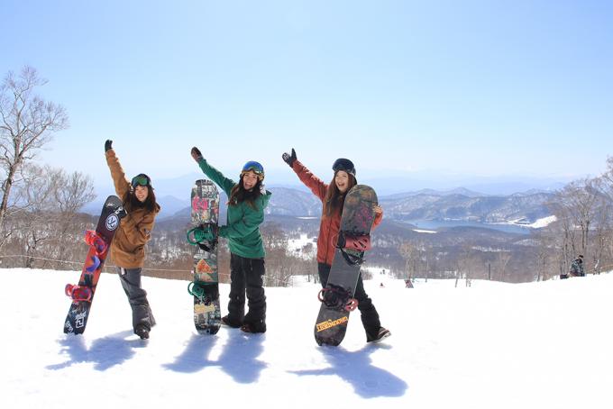 スノーボーダー女子3人