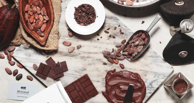 カカオ豆や板チョコ、ペーストチョコレート