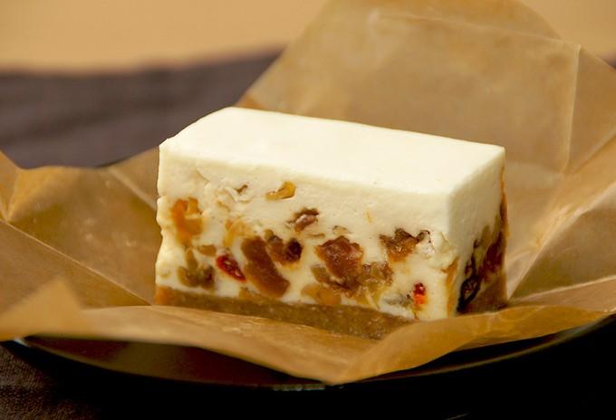 コガネイチーズケーキ「ドライフルーツのレアチーズ 6個セット」