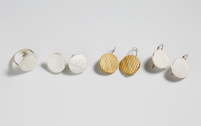 「nakagawa kumiko」パターンシリーズのピアスとリング