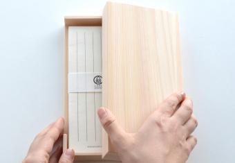 和紙が伝えるあたたかい想い。「TOSAWASHI PRODUCTS」のお手紙セットやご祝儀袋