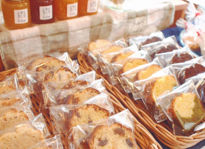 Filicaの店頭に並ぶパウンドケーキ数種類