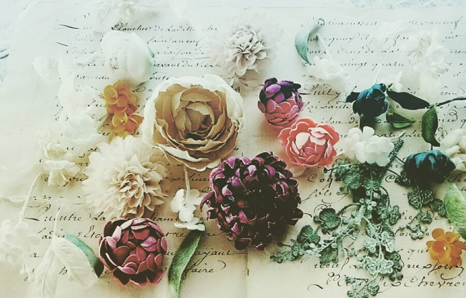 Fleuretteの雑貨に使用される花のパーツ