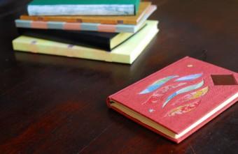 大切な本に新たな価値を。丁寧な手しごとで生まれる趣を教えてくれる「空想製本屋」