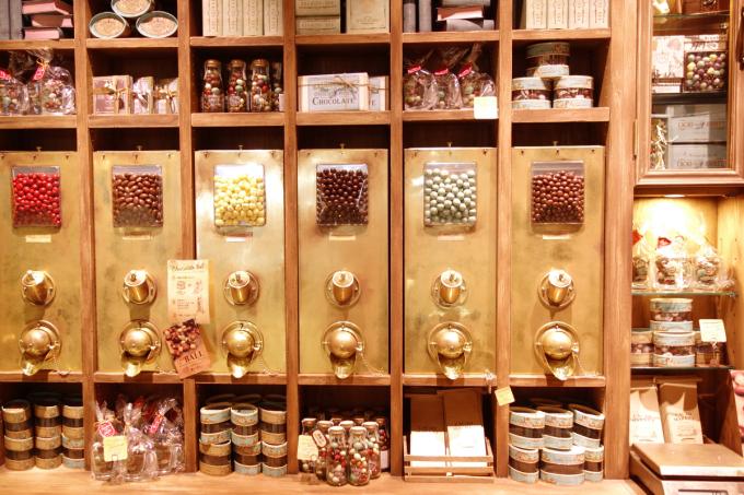 チョコレート専門店カカオマーケット バイ マリベル