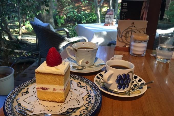 「サザコーヒー」自慢のカステラのショートケーキとコーヒー