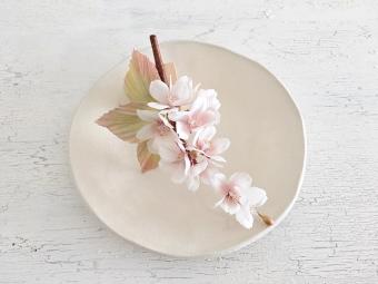 ときめきを覚える、本物のような花びら。「花ノ香 -hananokaori-」のフラワーアクセサリー
